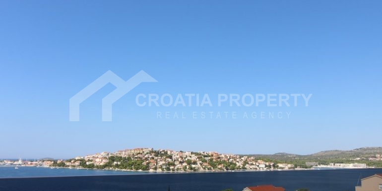modern villa with pool and sea view Rogoznica (6)