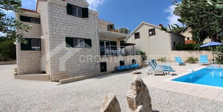 splitska house for sale (2)