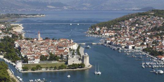 Plot for sale on island of Ciovo