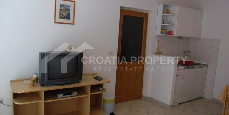 Detached house near sea Rogoznica (21)
