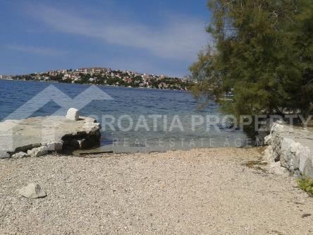 Detached house near sea Rogoznica (24)