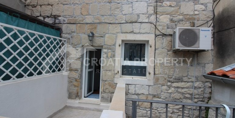 house for sale split (16)
