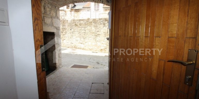 house for sale split (27)