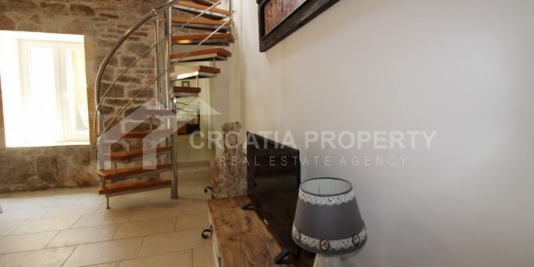 house for sale split (28)