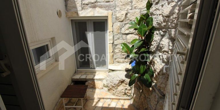house for sale split (6)