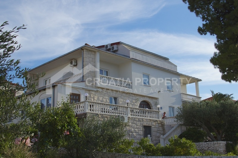 House near sea for sale Splitska Brac