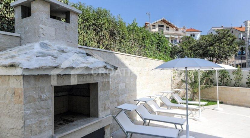 modern house with pool Ciovo (10)