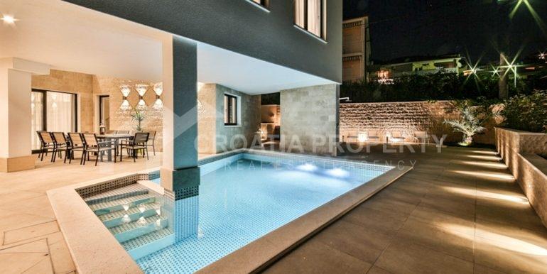 modern house with pool Ciovo (13)