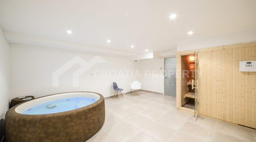 modern house with pool Ciovo (18)
