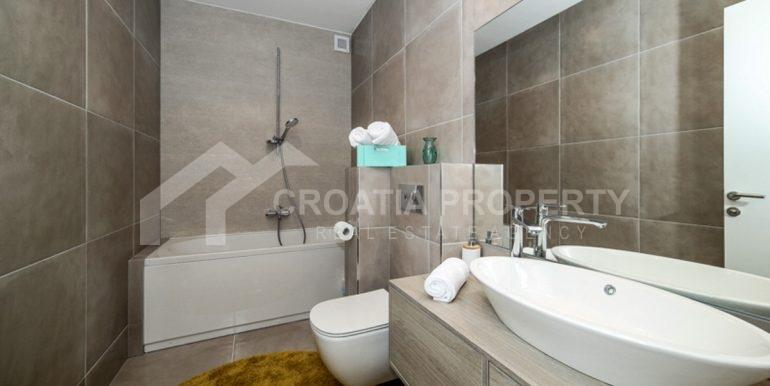 modern house with pool Ciovo (8)