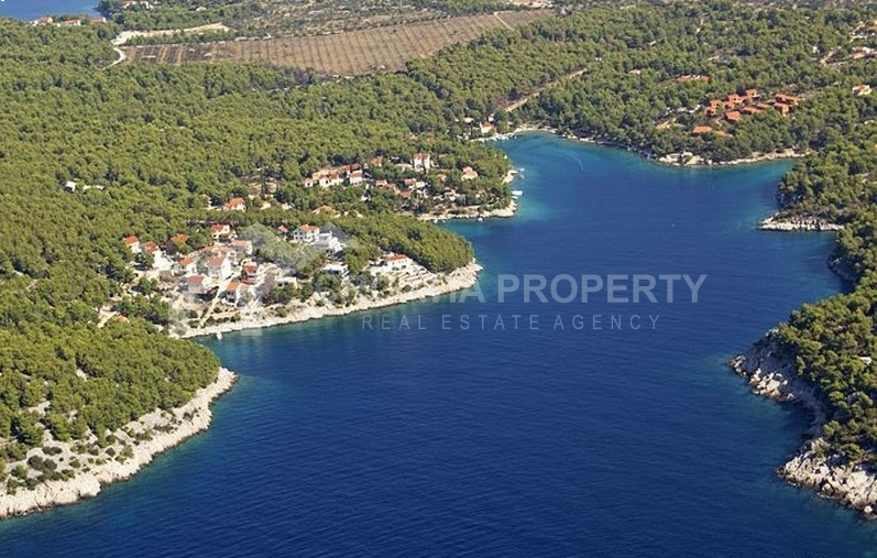Agricultural plot for sale, Brac island