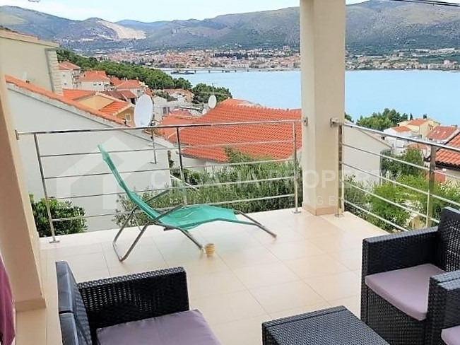 House with sea view for sale Ciovo
