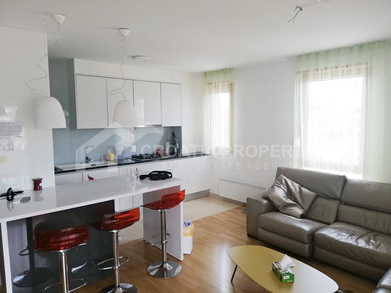 Apartment for sale Split, three bedroom Mejasi