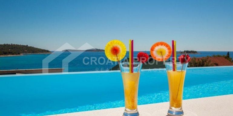 Villa with beautiful seaview, Rogoznica (2)
