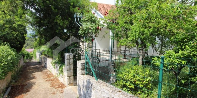 house for sale brac island (1)
