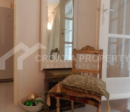 stone house for sale brac (18)