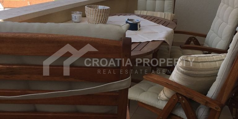 apartment with sea view Rogoznica (8)