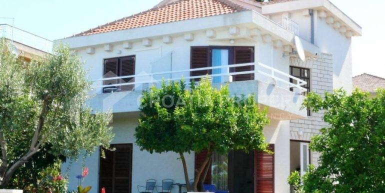 house first row Ciovo (2)