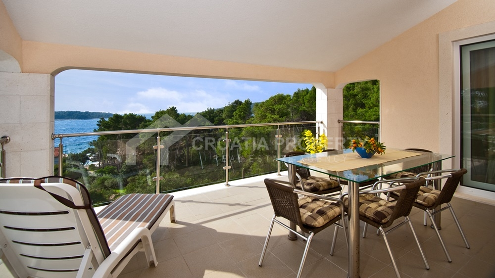 Villa with beautiful sea view, Korcula