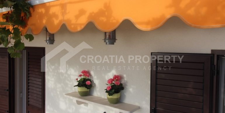 house with seaview Brac (20)