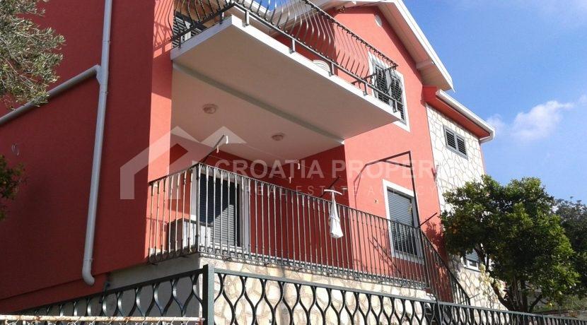 house with seaview Drvenik (5)