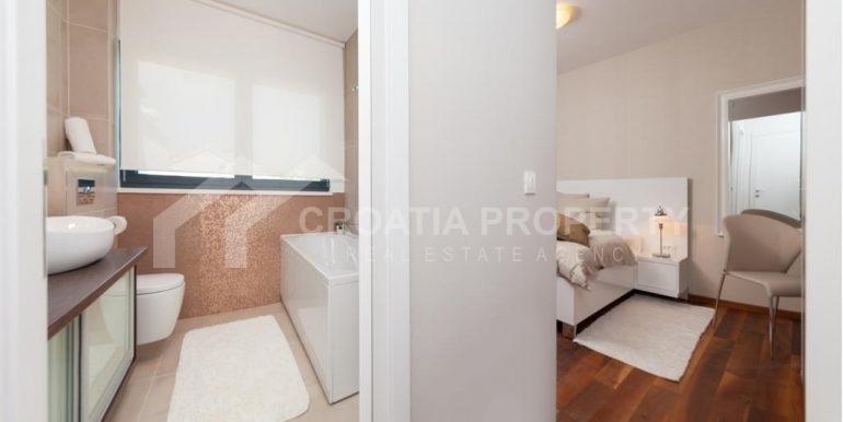 new seafront villa Ciovo 17