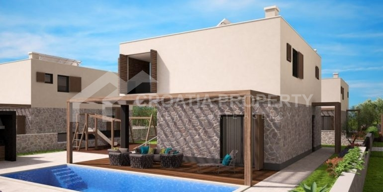 Land with project for six villas (4)