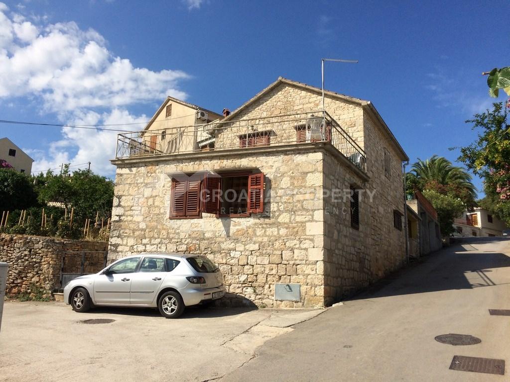 House for sale Brac in Splitska