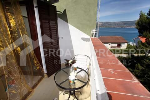 apartment in first row Ciovo (1)