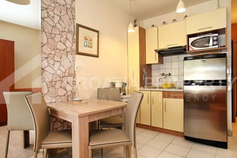 apartment in first row Ciovo (3)