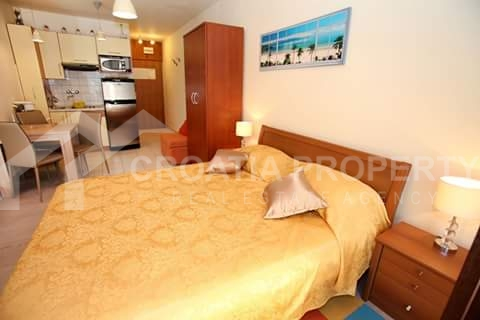 apartment in first row Ciovo (4)