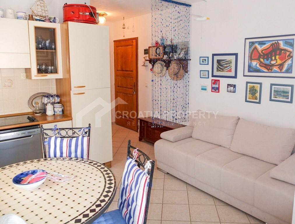 Furnished apartment for sale Bol