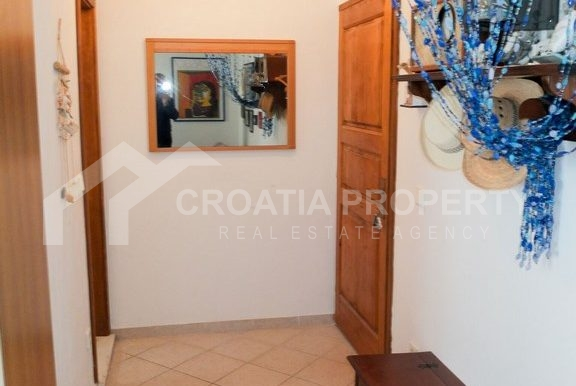 charming apartment in Bol (6)