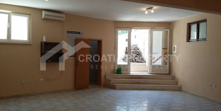 house in Supetar, for sale, island Brač (1)