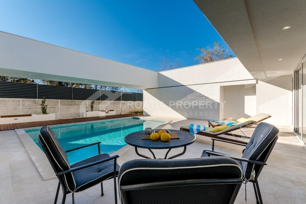 Fantastic villa for sale Brac
