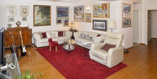 Three-bedroom apartment for sale Split