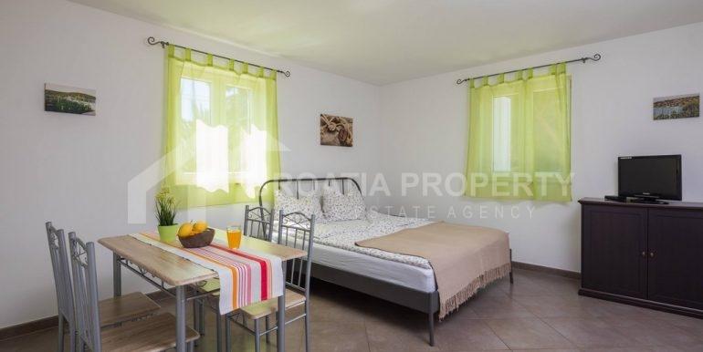 apartment house Sutivan (6)