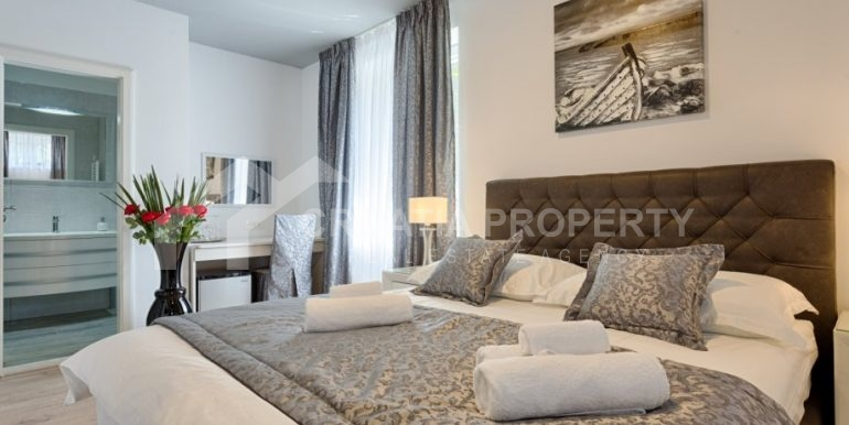 apt with 3 bedrooms (11)