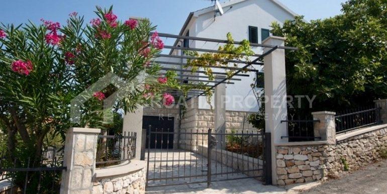 beautiful Sutivan house (1)