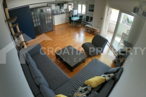 Spacious apartment for sale Split, Meje area - 1872 - living room (1)