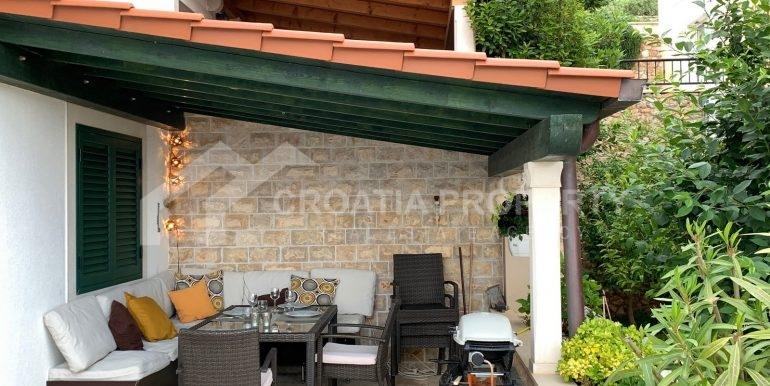 Bol apt with big terrace (9)