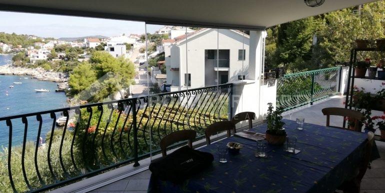amazing seafront house Razanj (15)