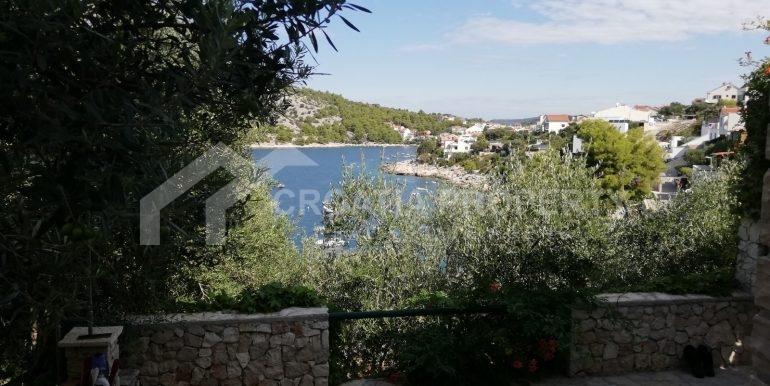 amazing seafront house Razanj (20)