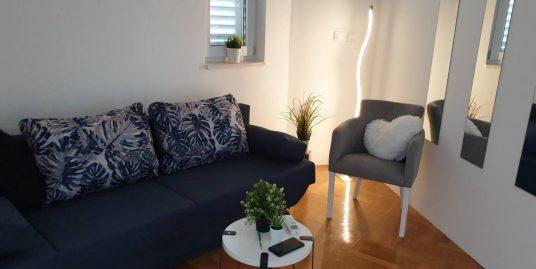 Sale of apartment in Postira