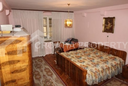 Apartment for sale in center of Split - 1905 - bedroom (1)
