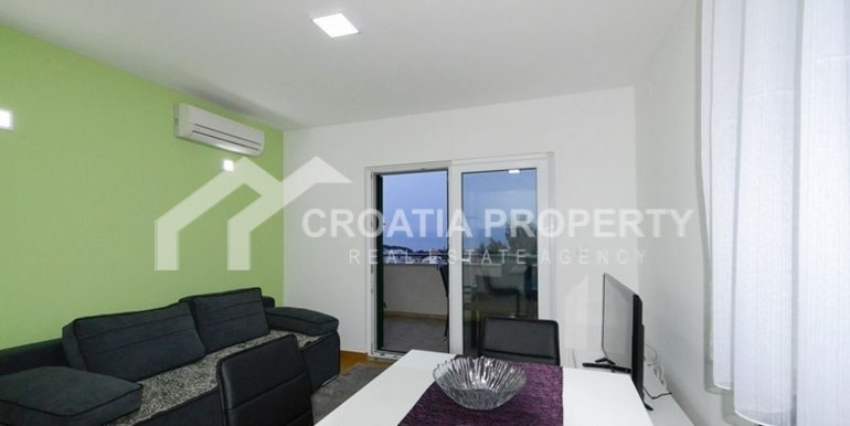 beautiful Supetar apartment (4)