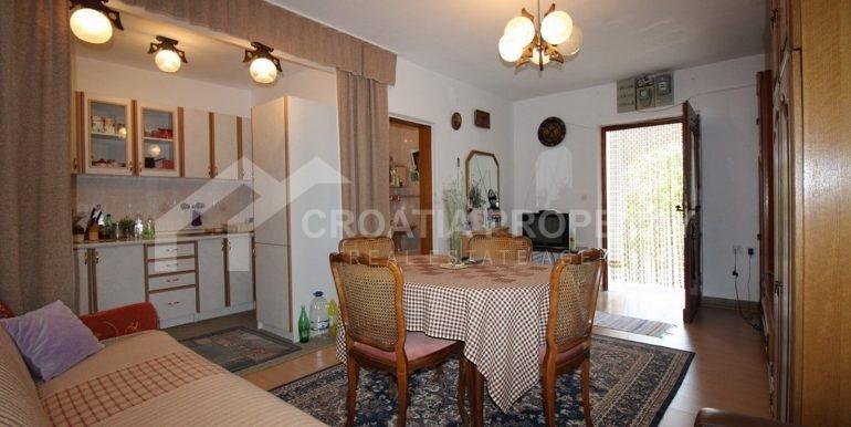 charming Sutivan house (2)