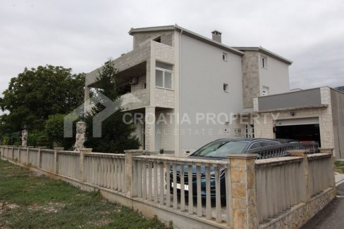 Detached house for sale Kastela - 1907 - view (1)