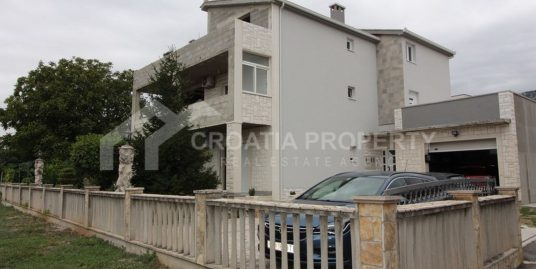 Detached house for sale Kastela