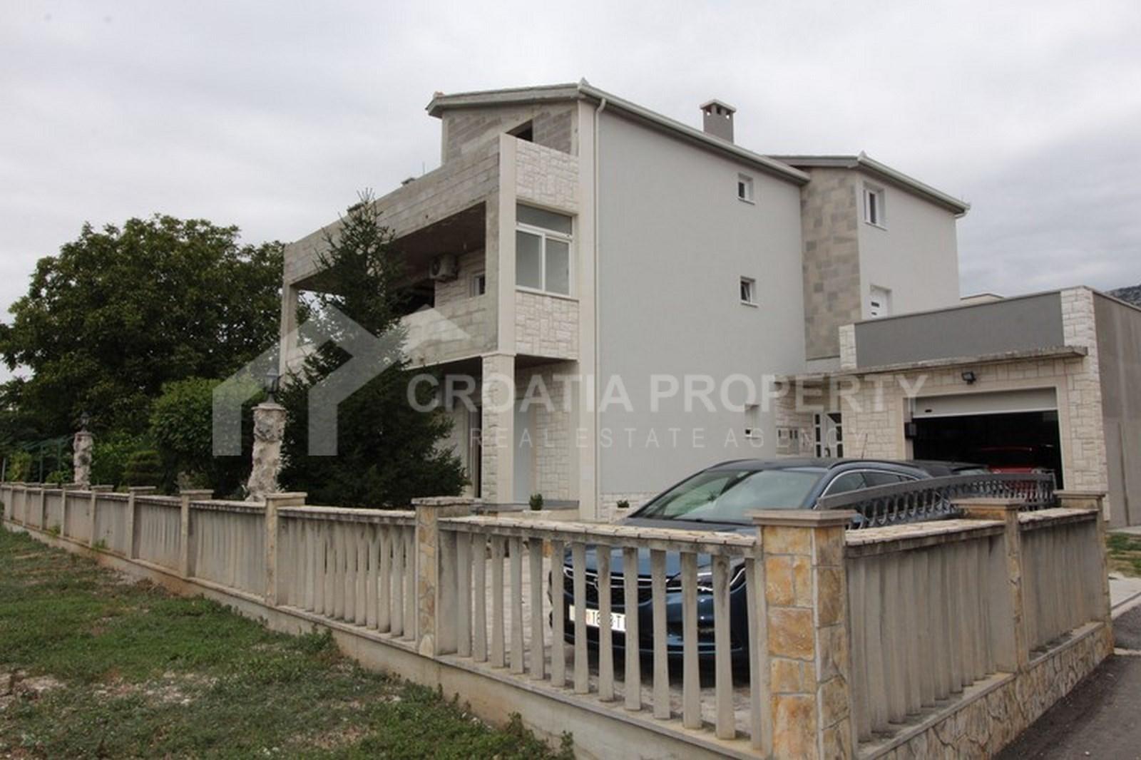Detached house for sale Kastela